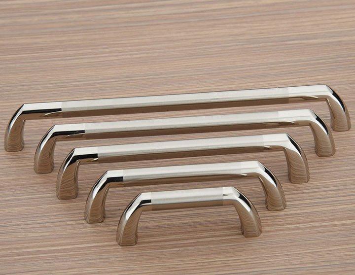 fitting door knobs photo - 15