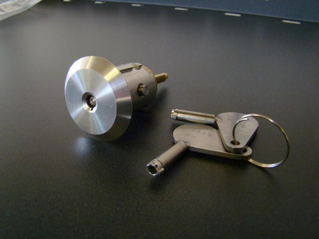 fitting door knobs photo - 20