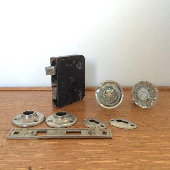 glass door knob with lock photo - 18