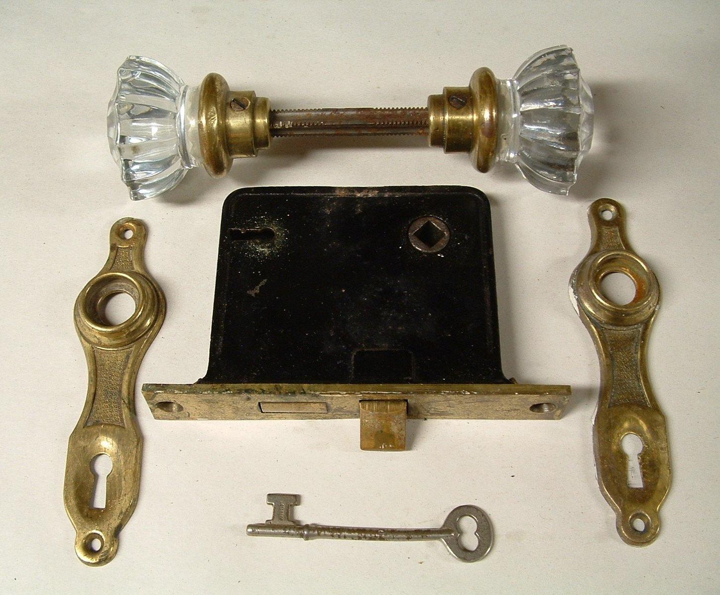 glass door knob with lock photo - 7