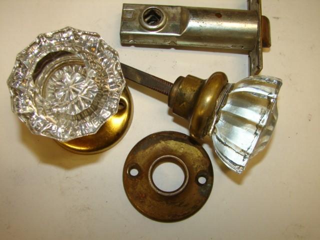 glass door knobs with locks photo - 12