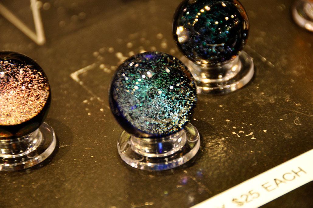 glass globe door knob photo - 10