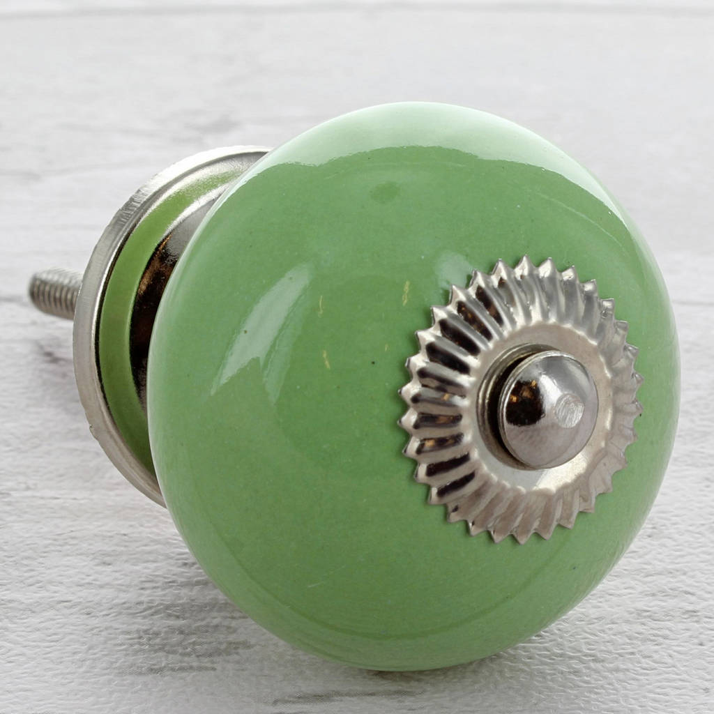 green door knob photo - 11
