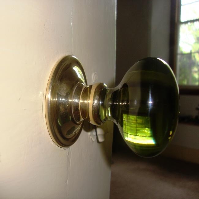 green door knob photo - 12