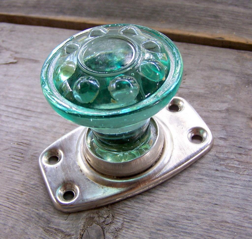 green glass door knob photo - 7