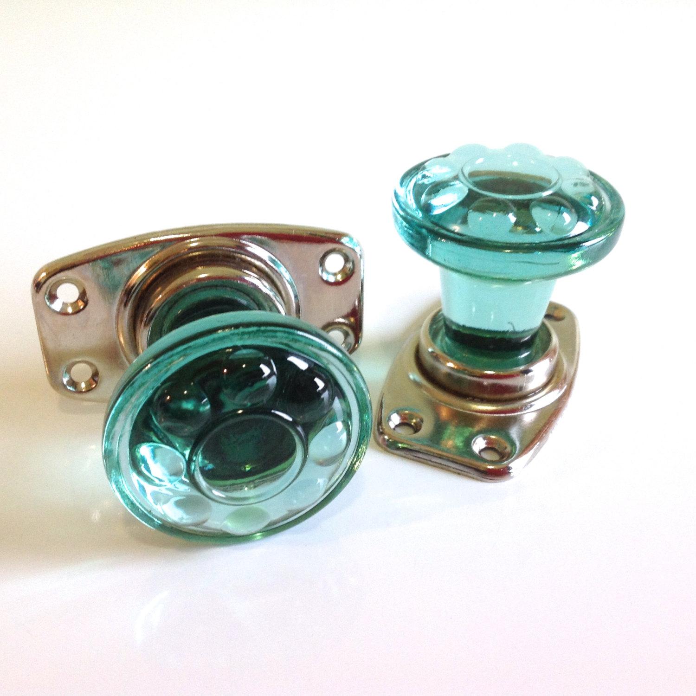 green glass door knobs photo - 7