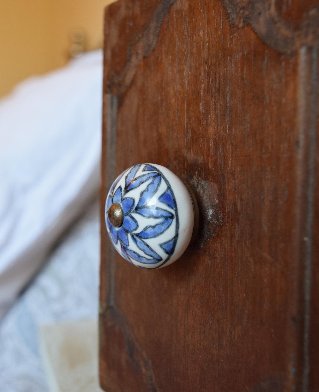 hand painted door knobs photo - 20