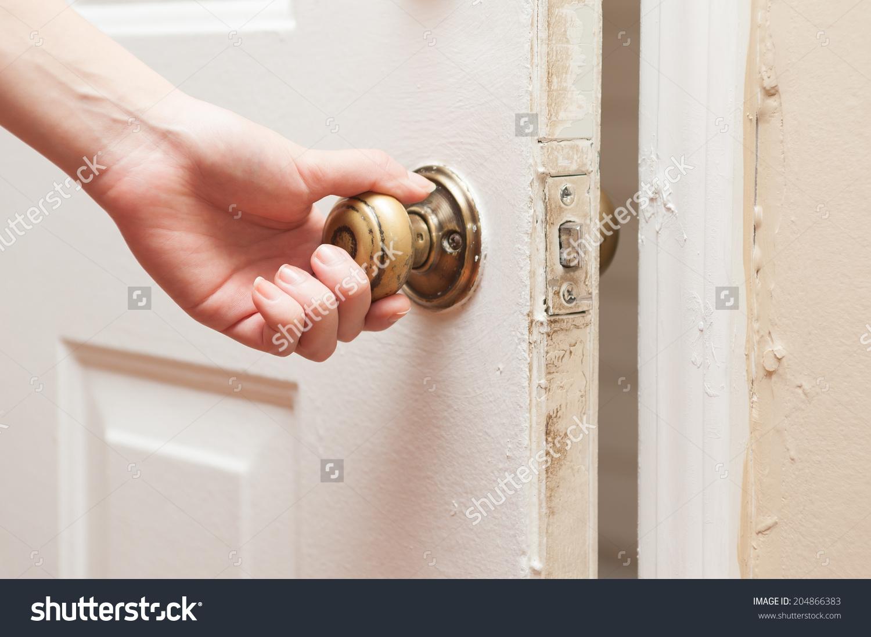 handshake door knob photo - 7