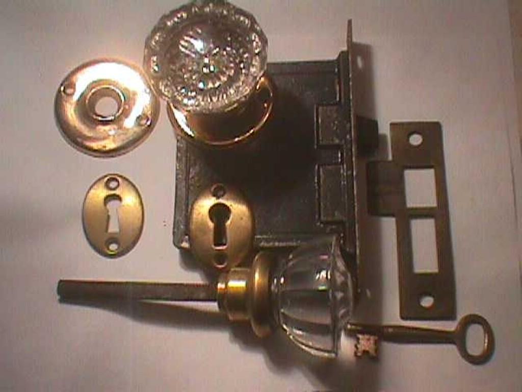 history of door knobs photo - 5