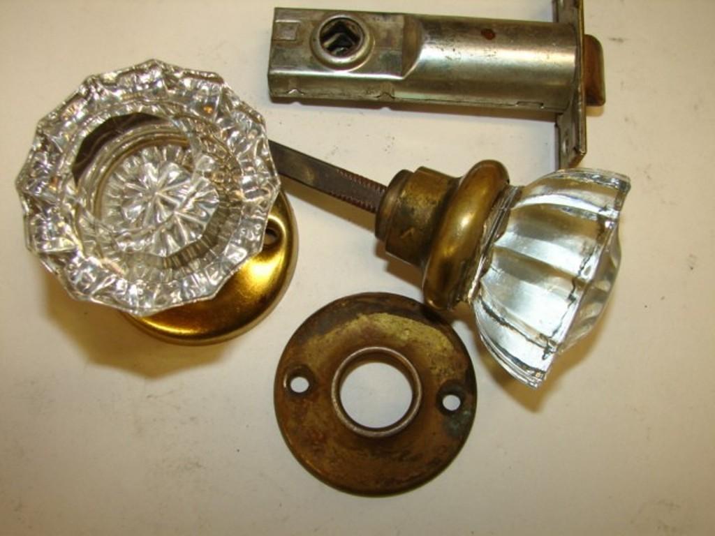 history of door knobs photo - 6