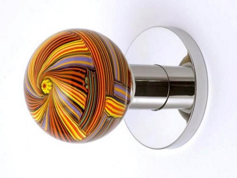 inside of a door knob photo - 9