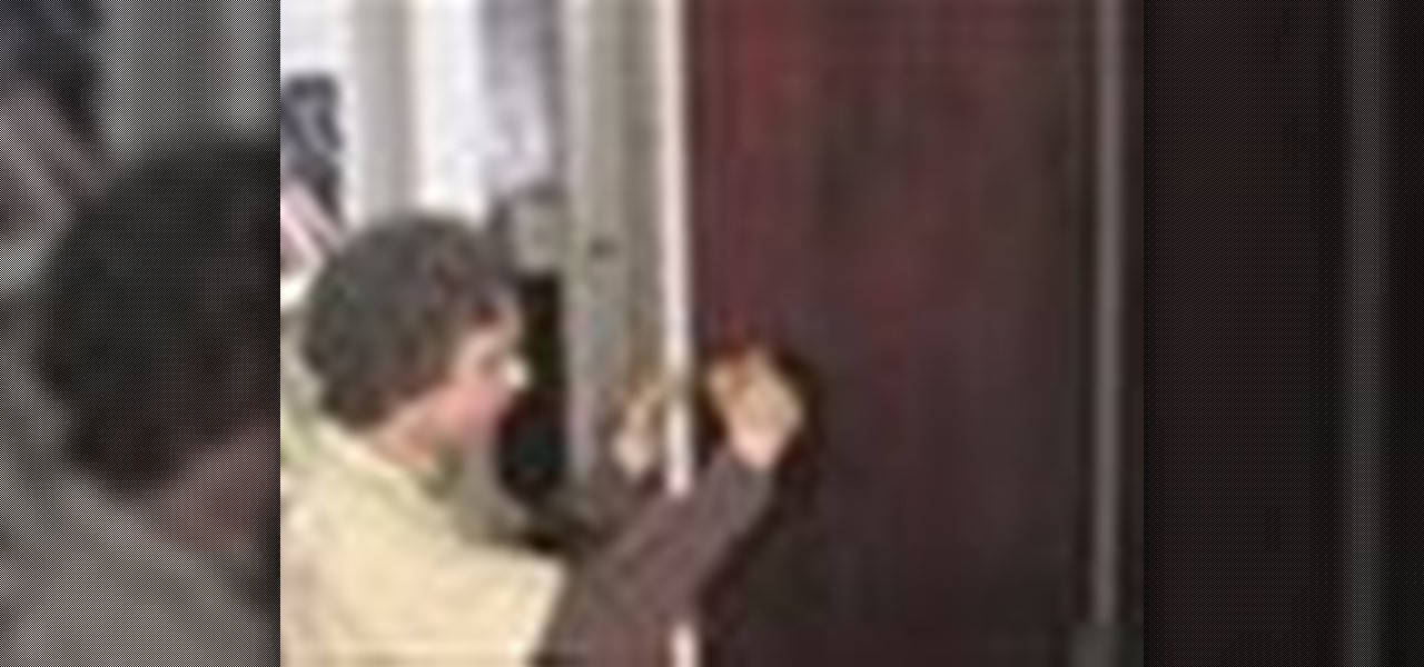 install a door knob photo - 7