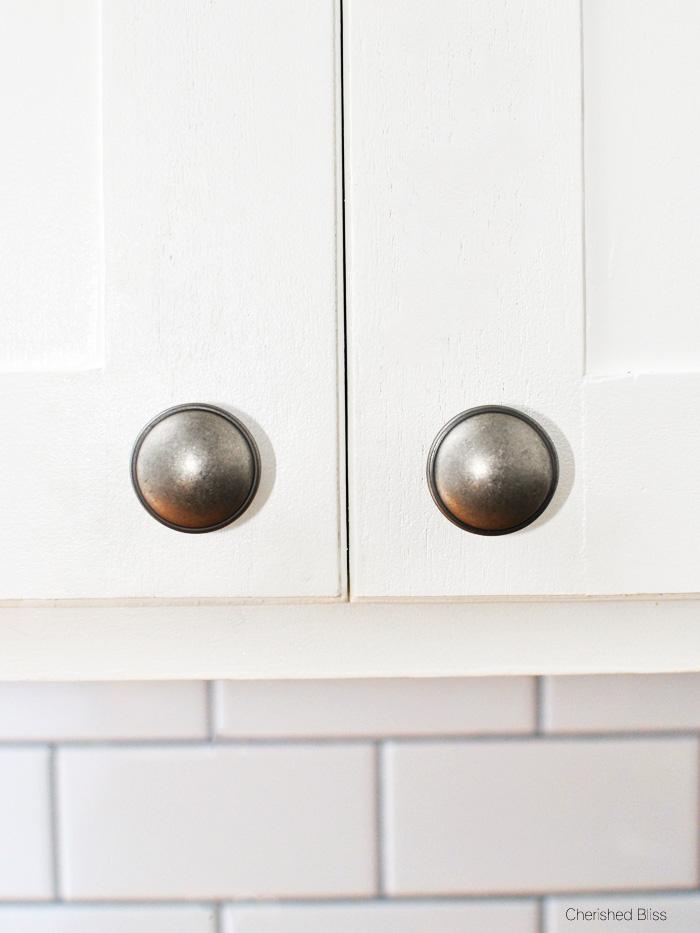 installing door knobs photo - 20