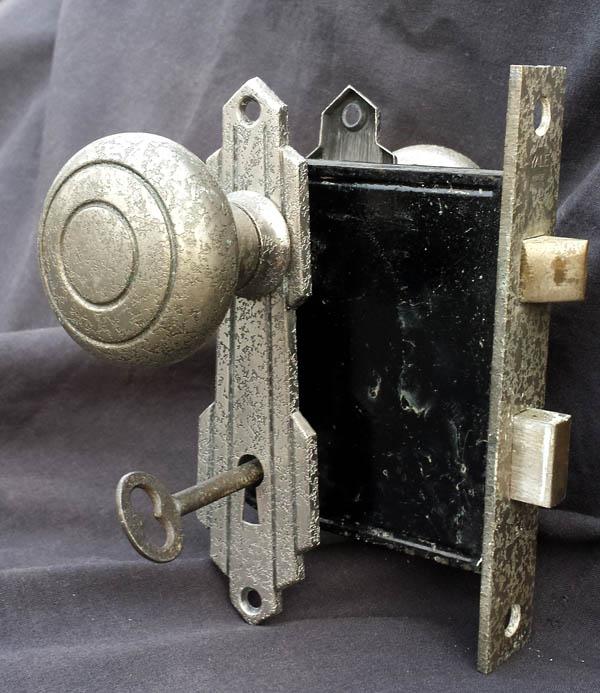 interior door knobs with key lock photo - 10