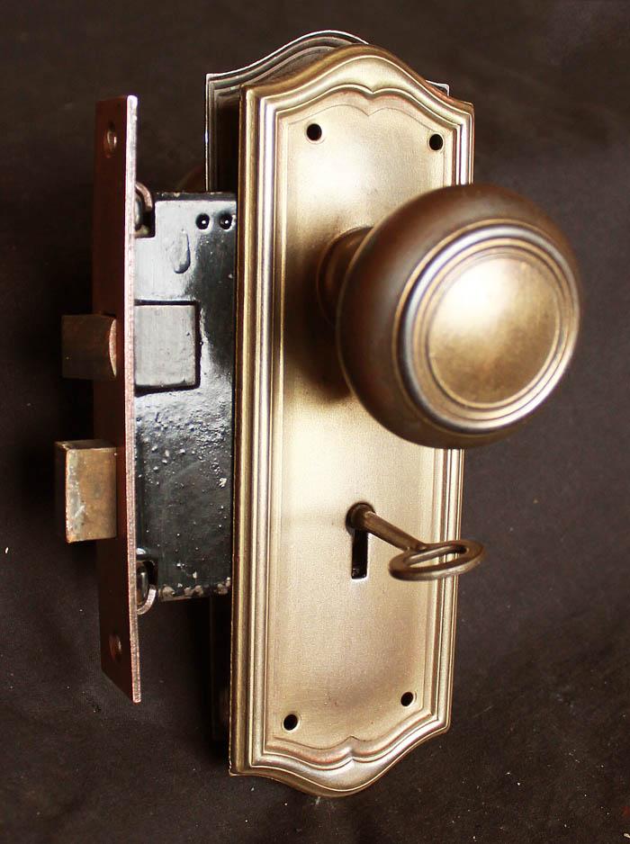 interior door knobs with key lock photo - 11