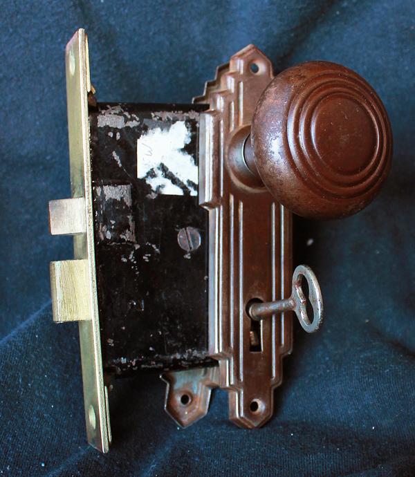 interior door knobs with key lock photo - 19