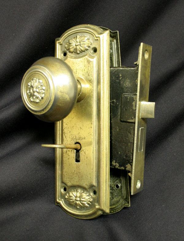 interior door knobs with key lock photo - 6