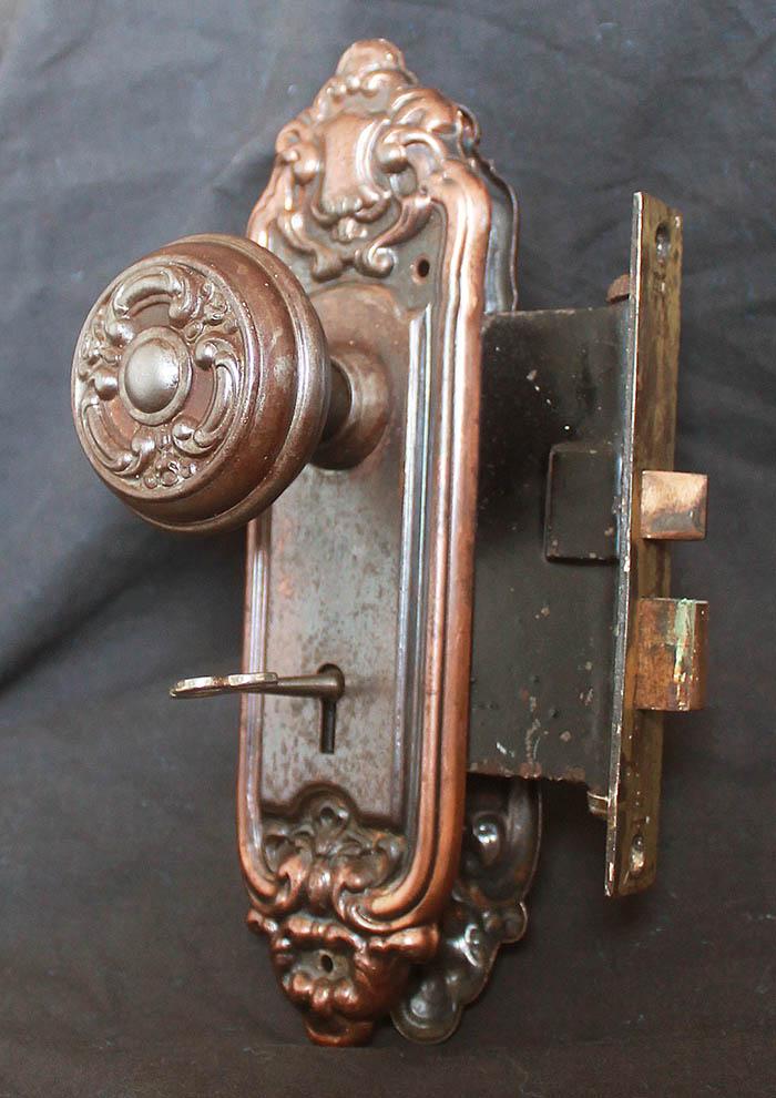 interior door knobs with key lock photo - 8