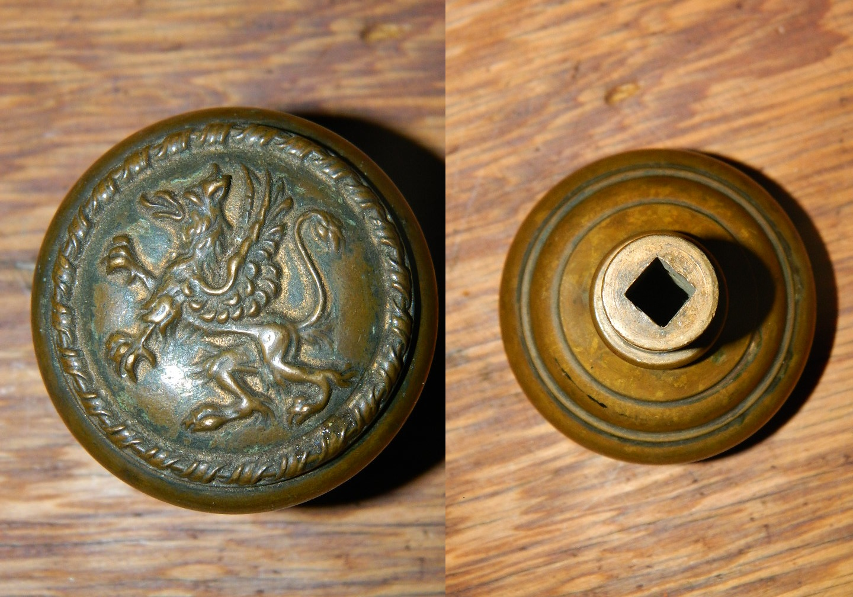 iron door knob photo - 11