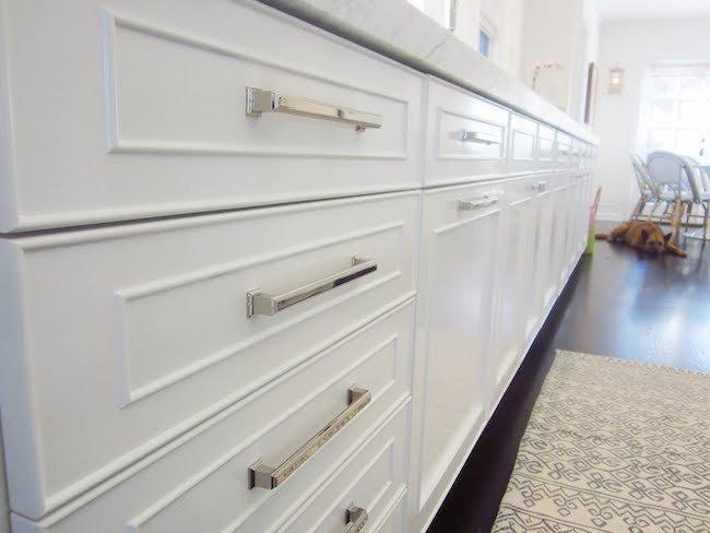 kitchen cabinet door handles and knobs photo - 13