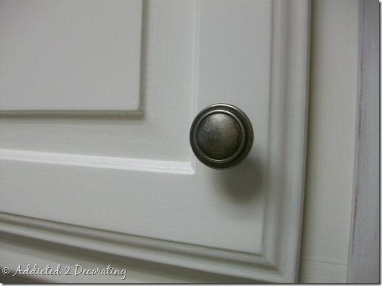 kitchen cabinet door knob photo - 2