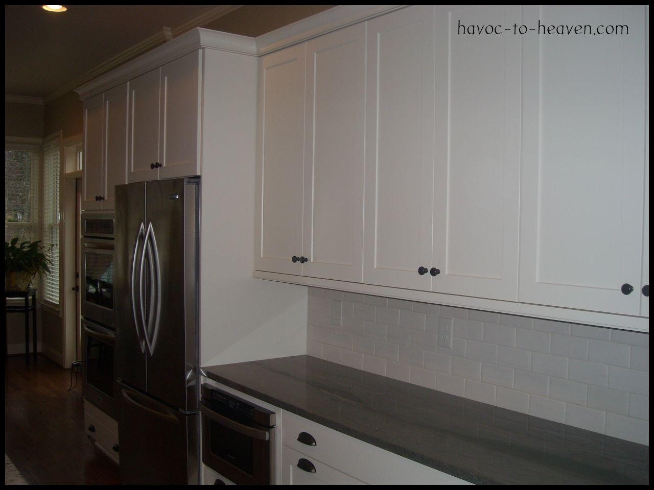 kitchen cabinet door knob placement photo - 15