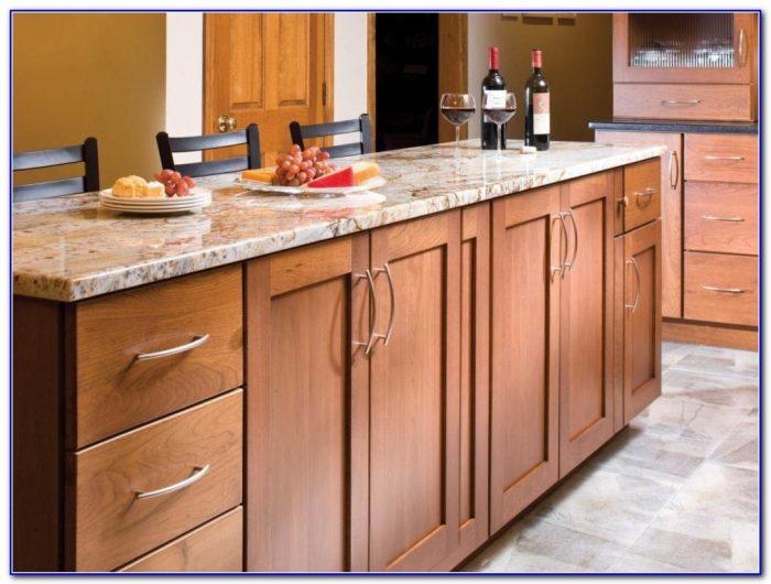 kitchen cabinet door knob placement photo - 9