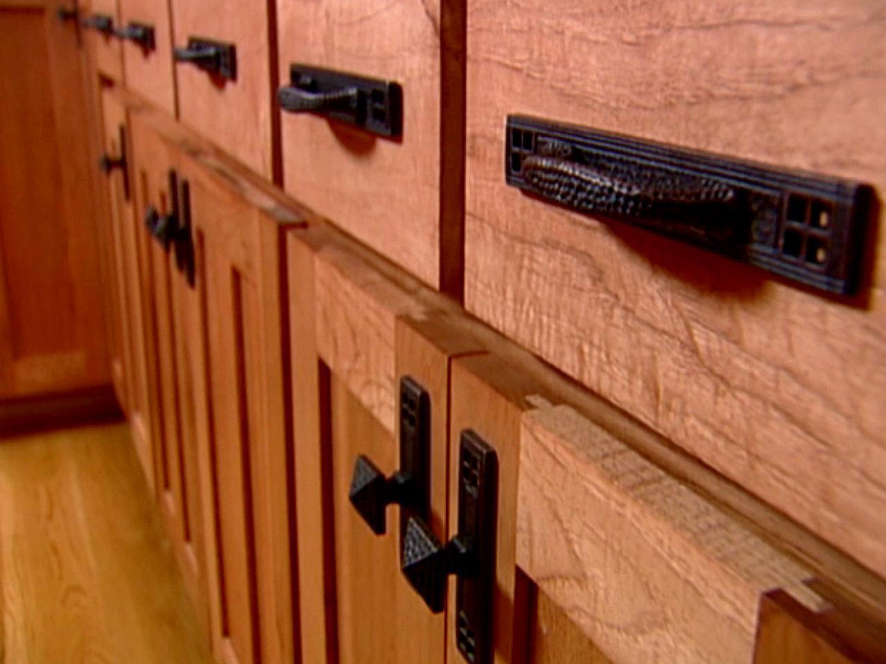 kitchen cabinet door knobs and handles photo - 14