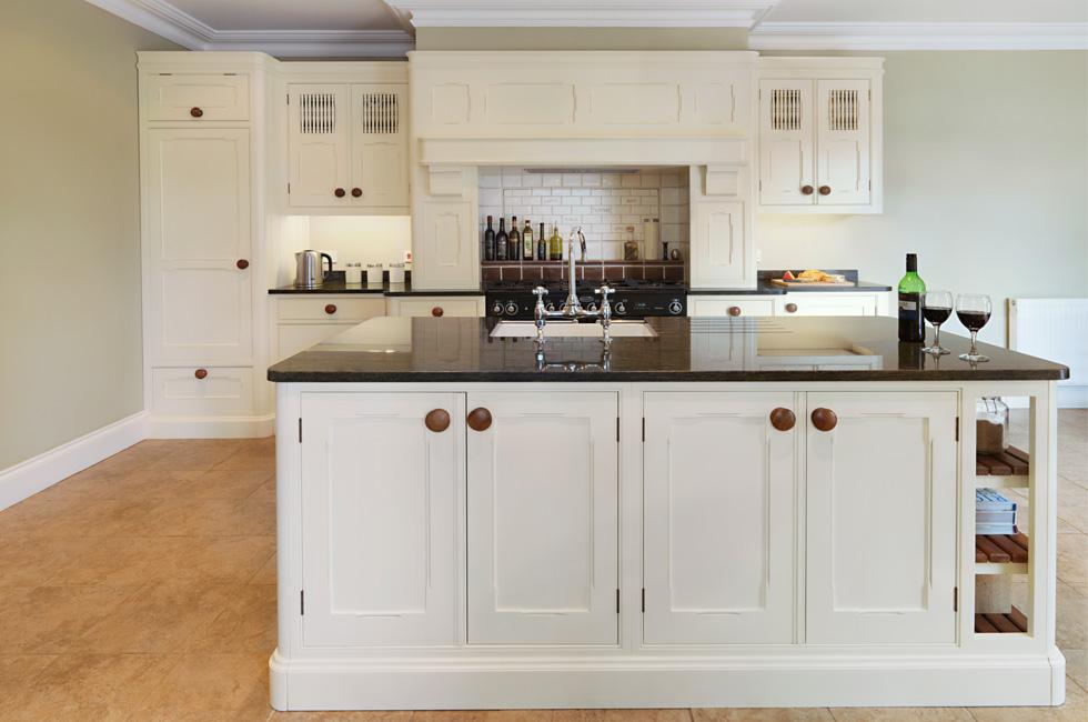 kitchen cabinets door knobs photo - 11