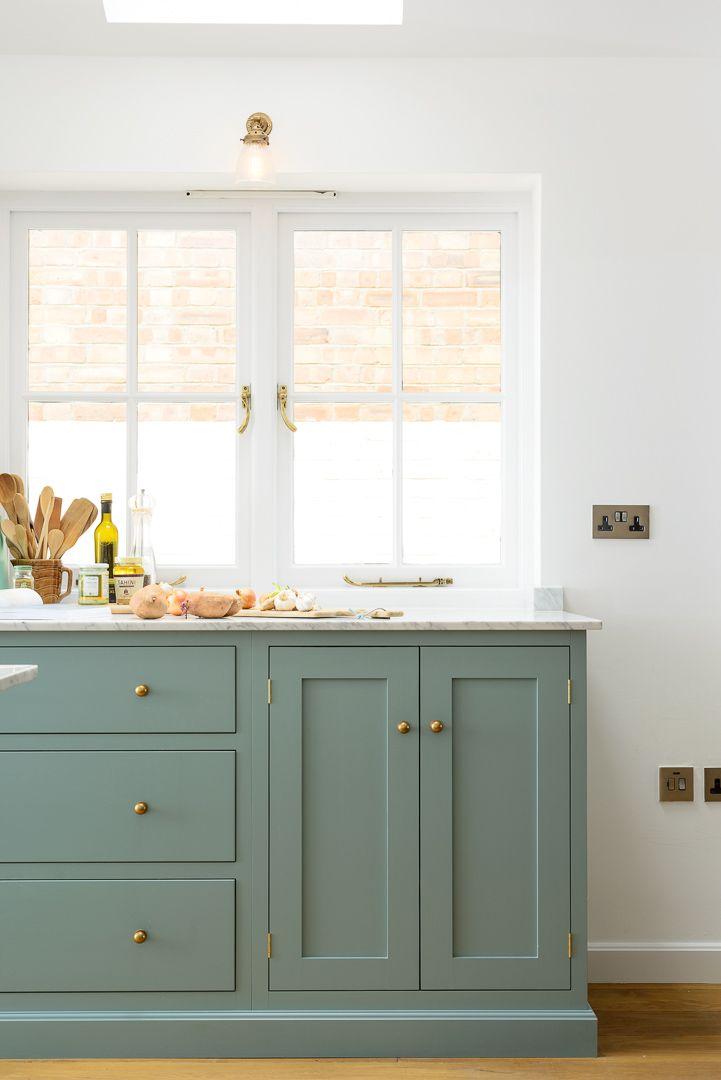 kitchen cabinets door knobs photo - 14