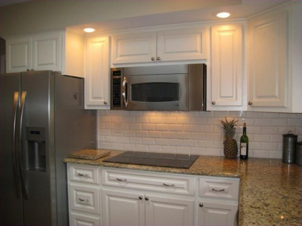kitchen cabinets door knobs photo - 16