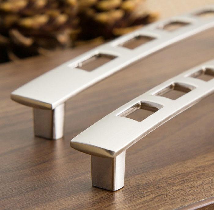 kitchen cupboard door handles and knobs photo - 11