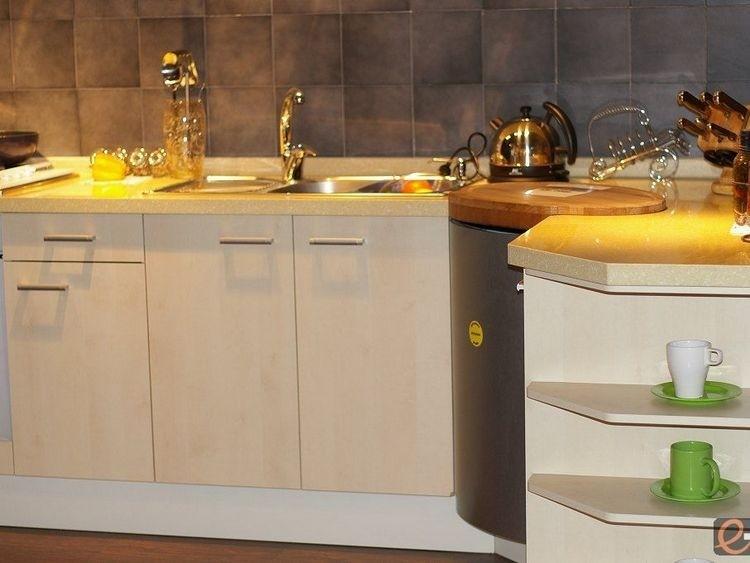 kitchen unit door knobs photo - 15