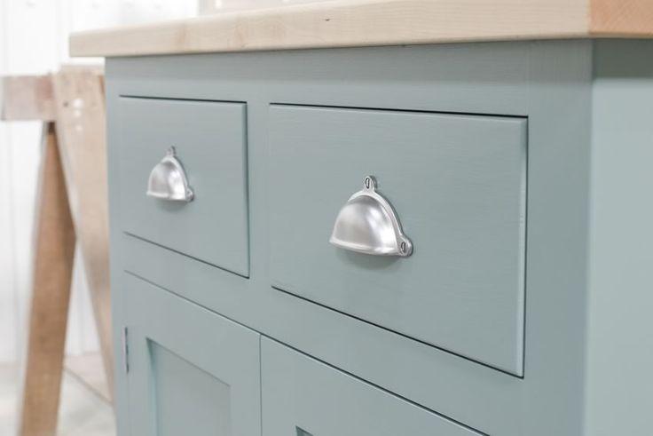 kitchen unit door knobs photo - 17