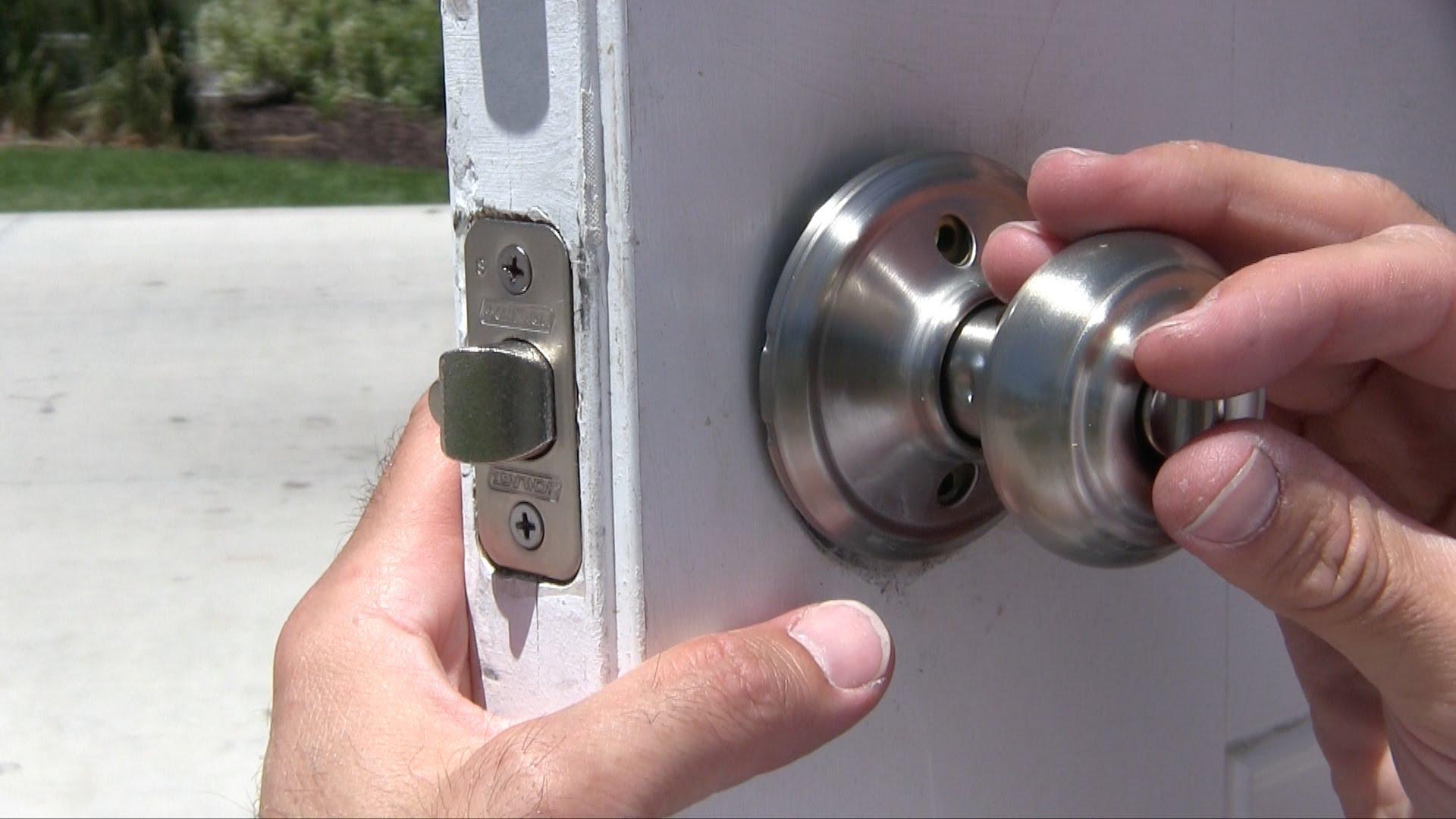 kwikset door knob removal photo - 16