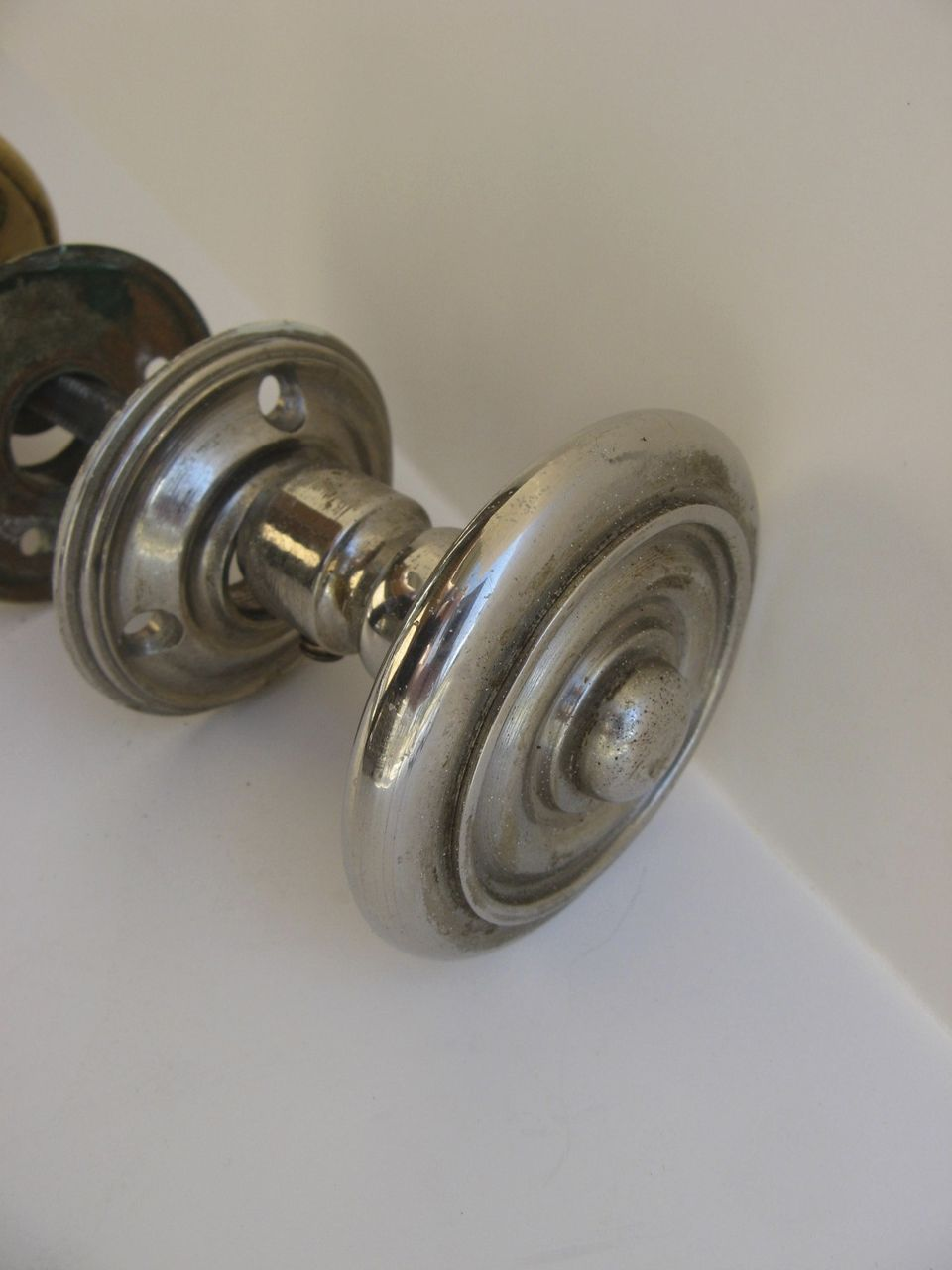 large door knob photo - 11
