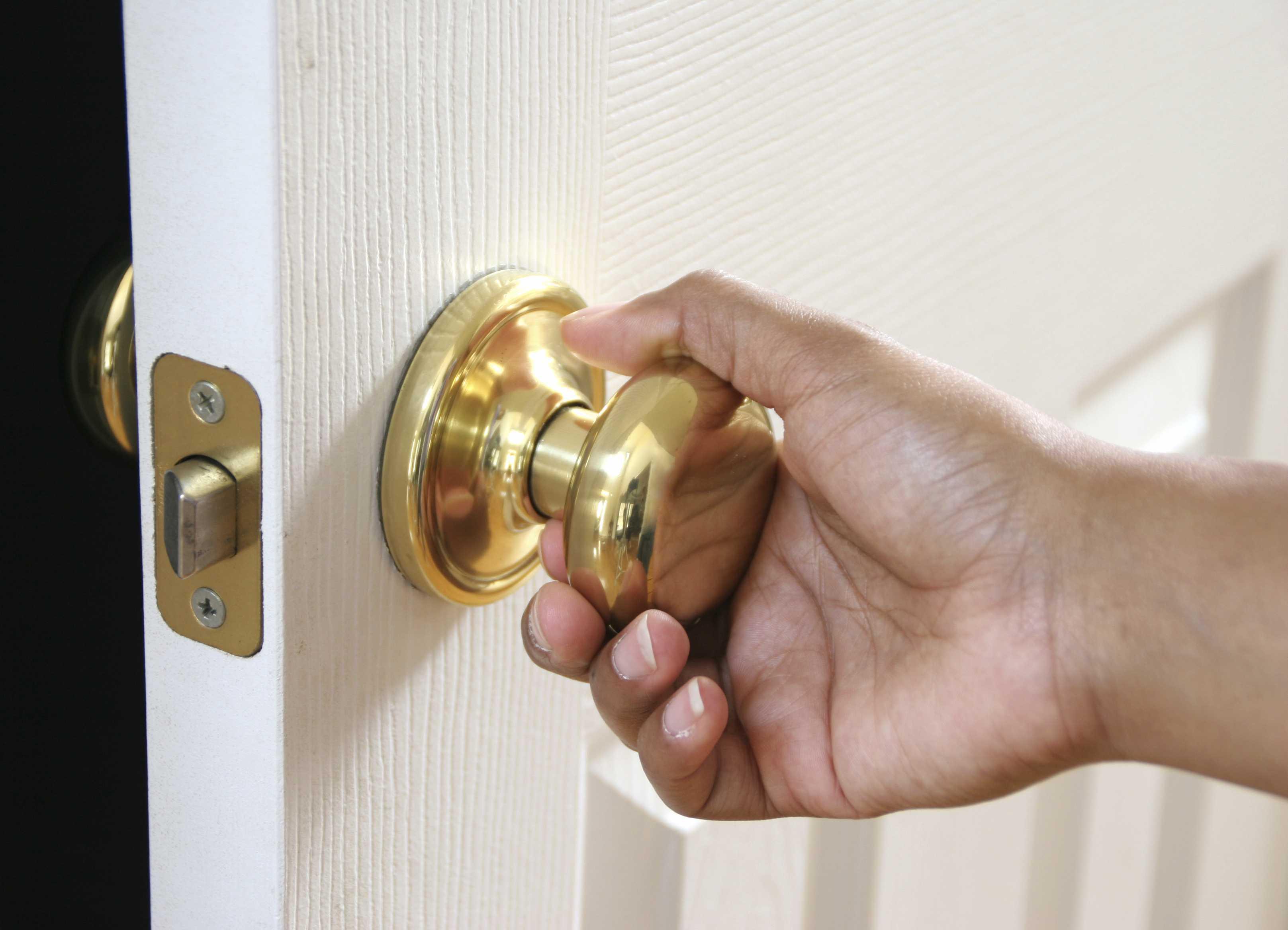 locked out door knob photo - 9