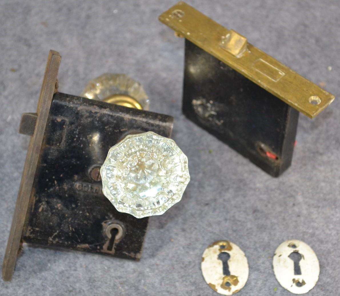 locking glass door knobs photo - 15