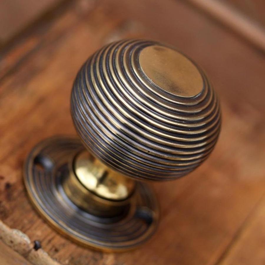 low profile door knobs photo - 13
