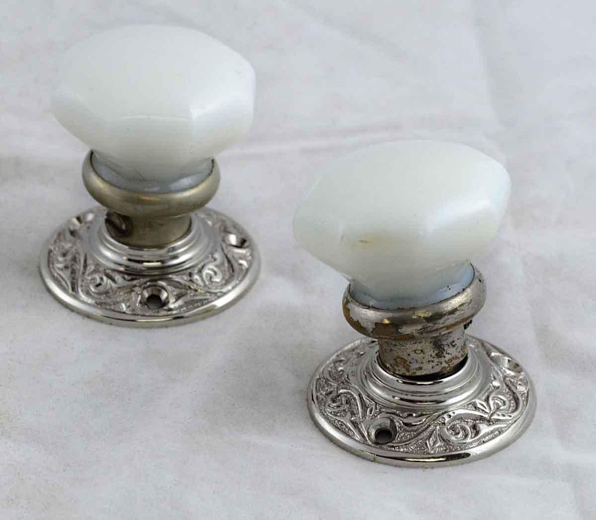 milk glass door knobs photo - 4