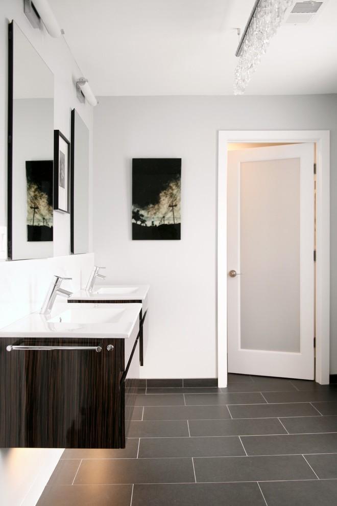 modern door knobs interior photo - 19