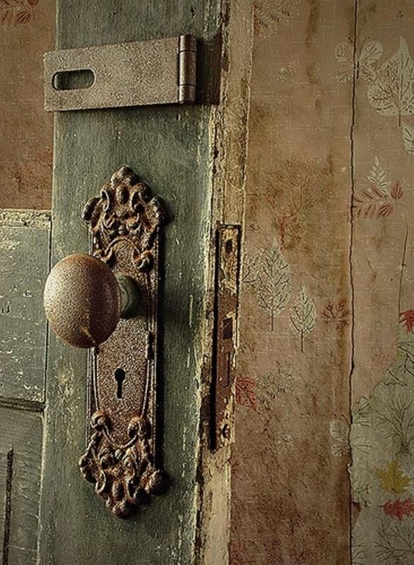 old door knobs and locks photo - 4