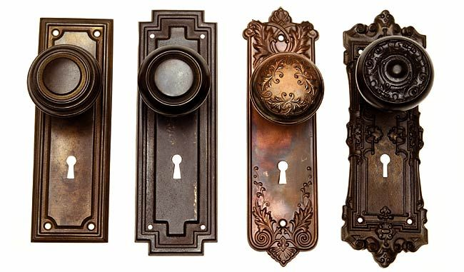old fashioned door knobs photo - 4