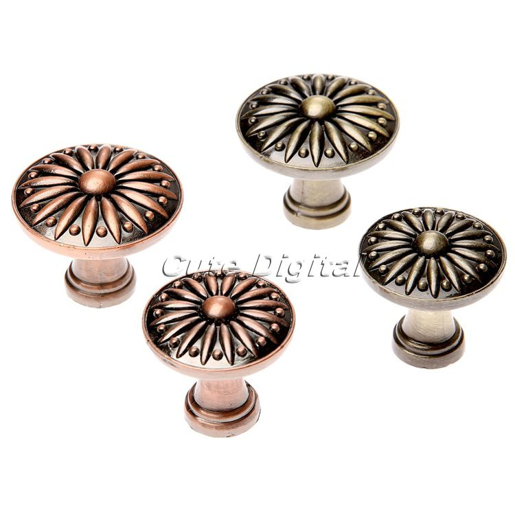 old fashioned door knobs hardware photo - 13