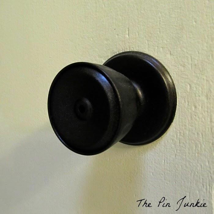painted door knobs photo - 14