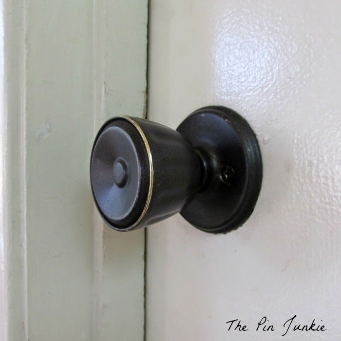painted door knobs photo - 5