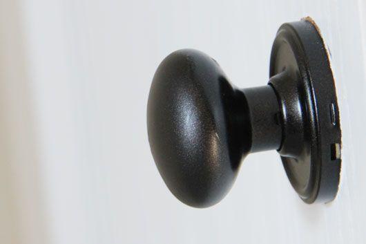 painting door knobs photo - 5
