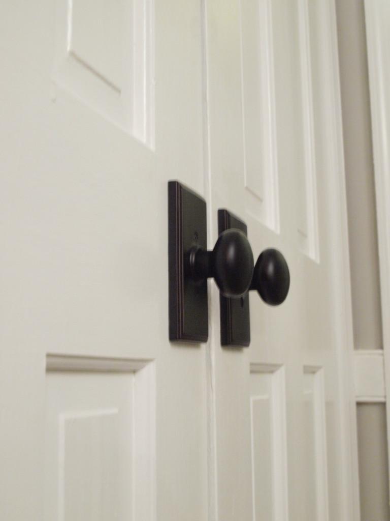 pantry door knobs photo - 7
