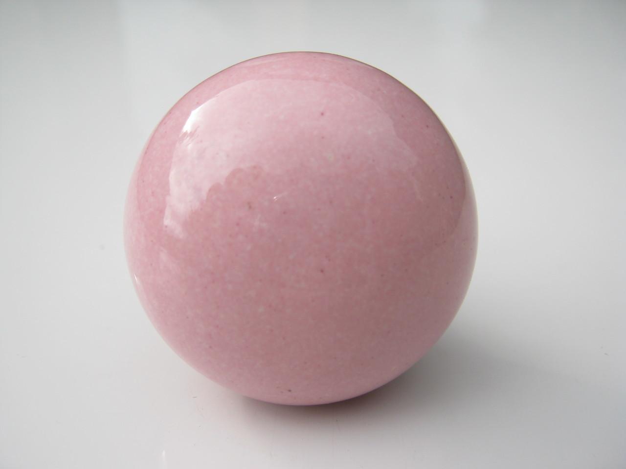 pink door knob photo - 15