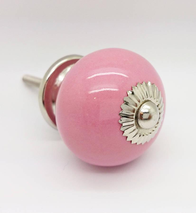 pink door knobs photo - 4